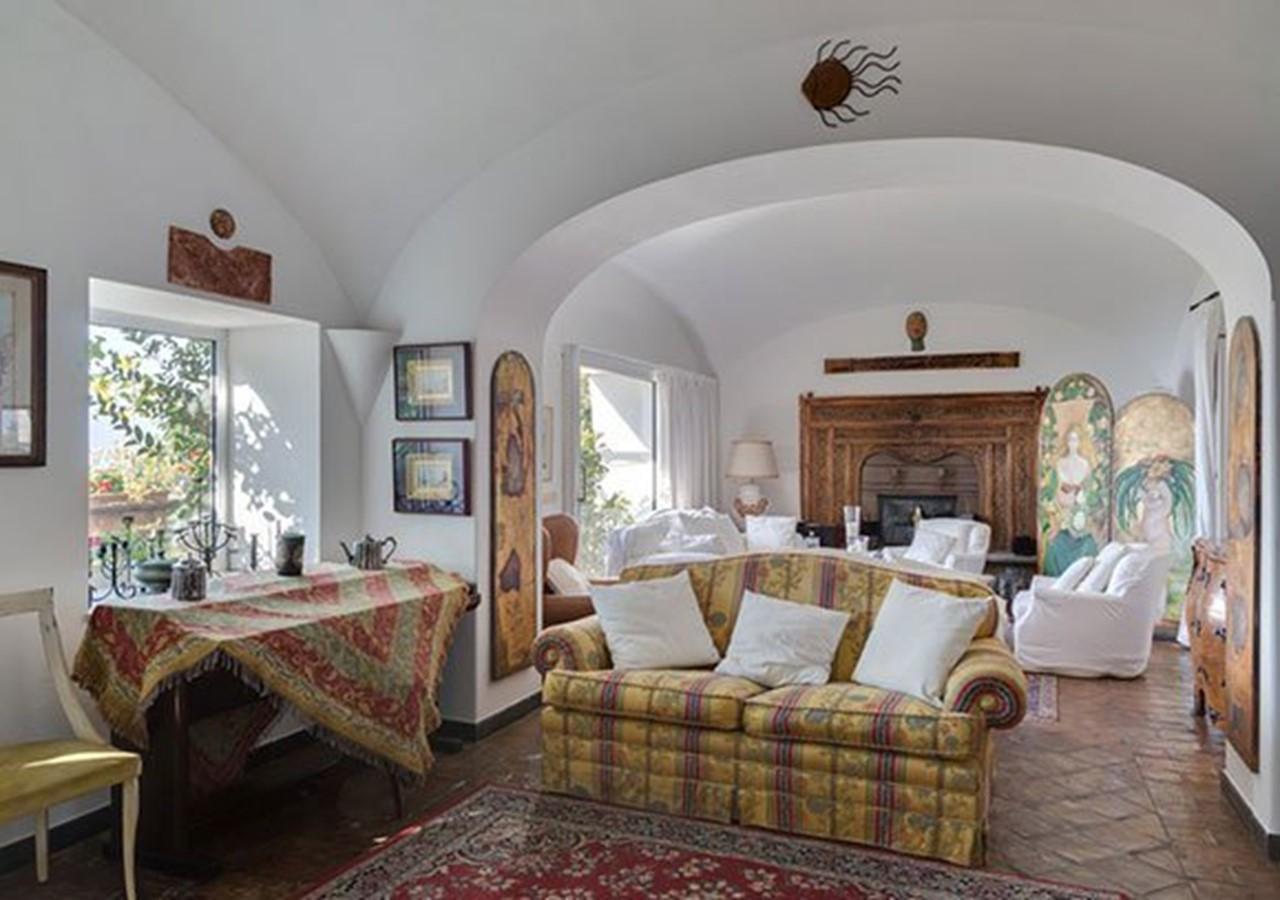 Amalfi Coast villa with private pool