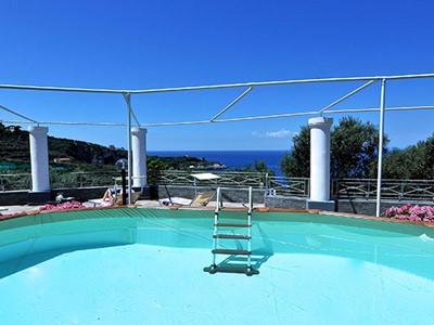 Villas in Sorrento