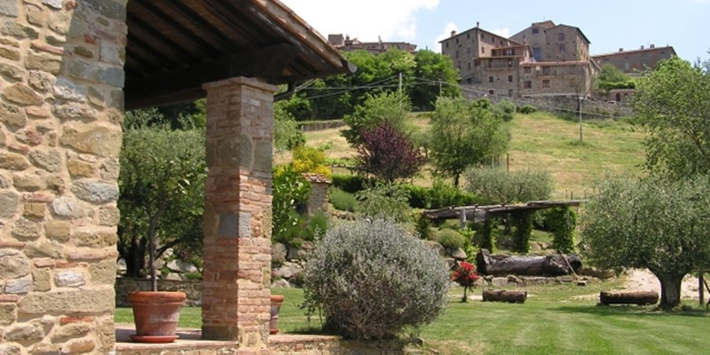 Large villa with panoramic views in Umbria