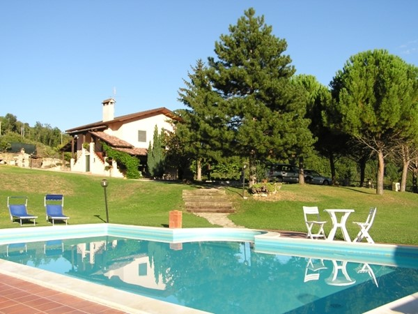 Holiday villa in Umbria with pool