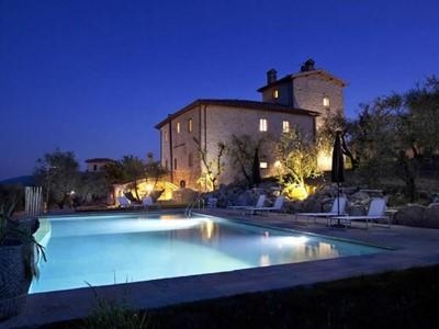 Large villa in Tuscany