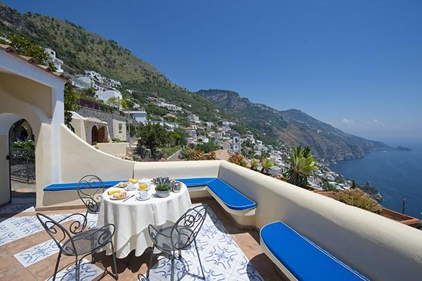 Praiano villa with private pool