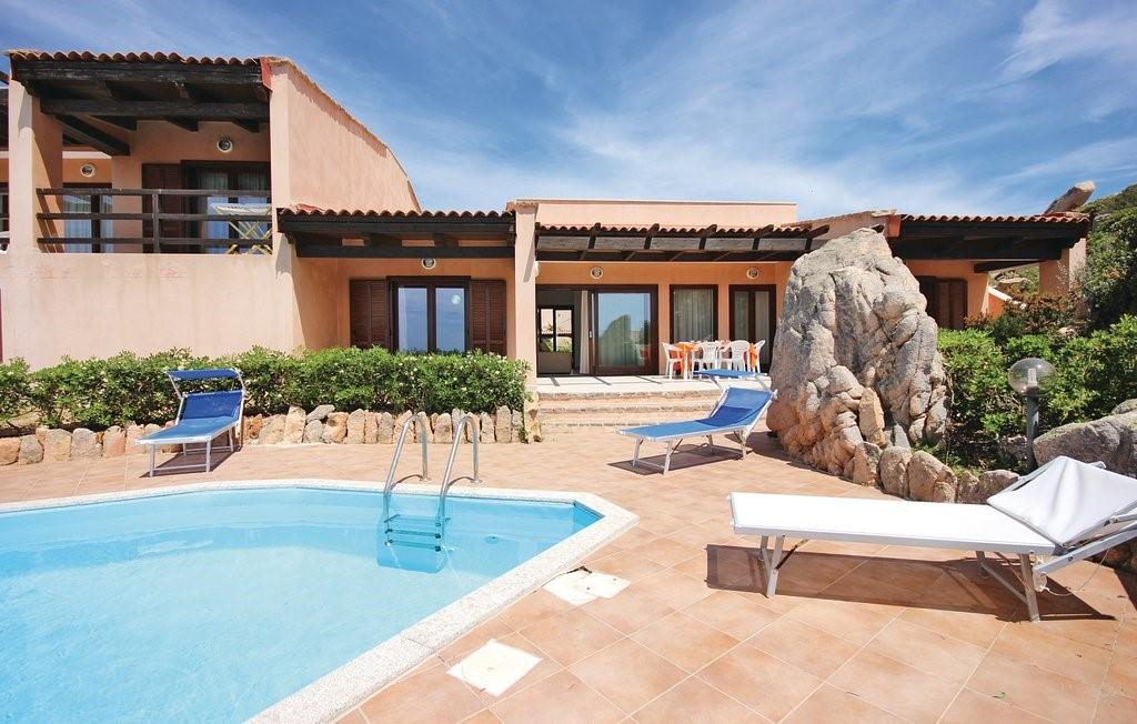 Sardinia villas with private pool