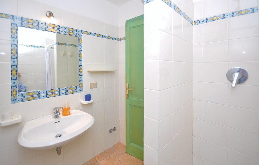 Isd244 Bath 01