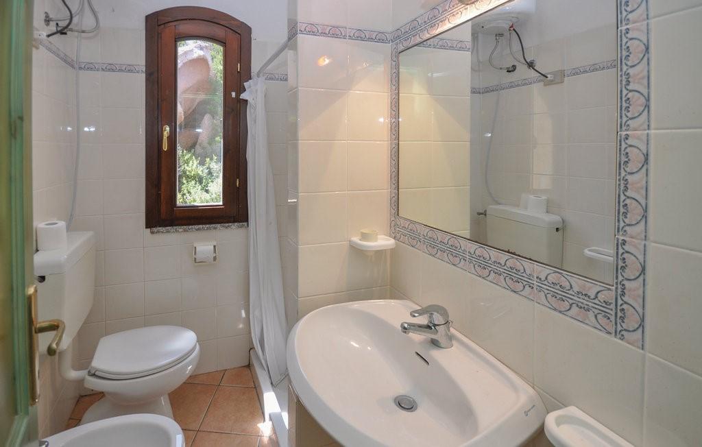 Isd244 Bath 02