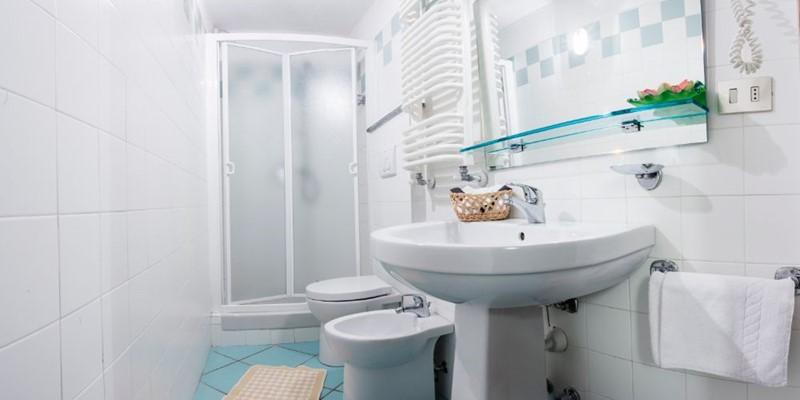Biancaneve Bathroom