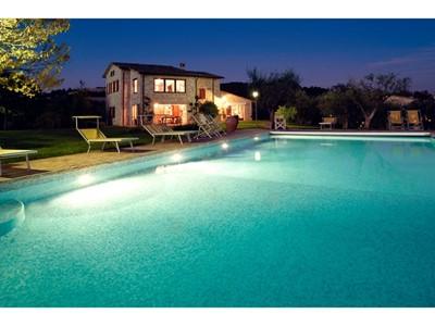 Villa for 8 people near Todi in Umbria