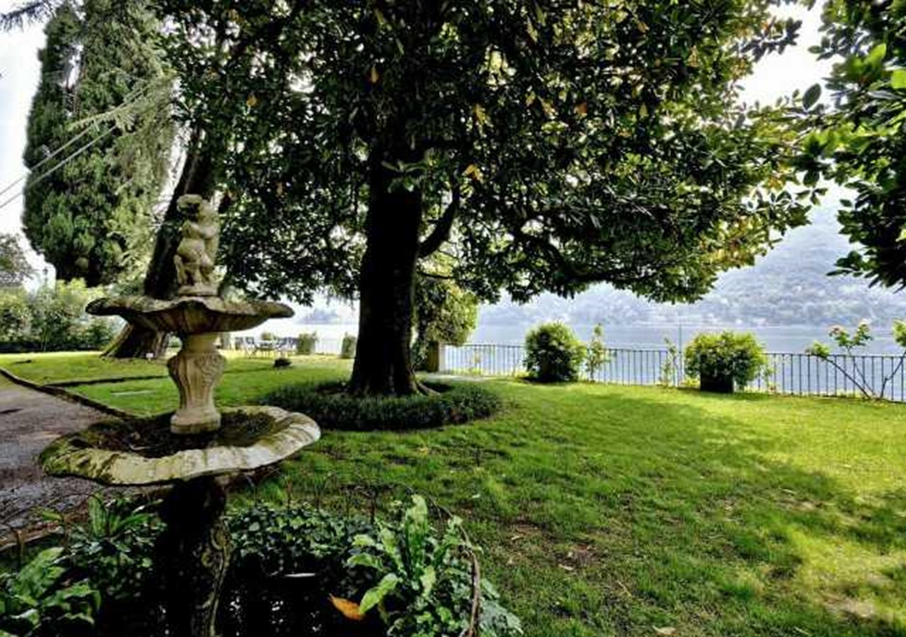 Luxury Lake Como villa