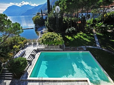 Large villa for 14 people on the shores of Lake Como in Vassena