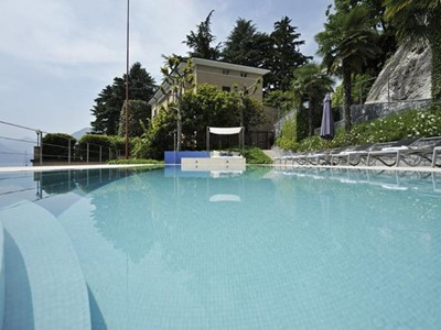Luxury villa for 10 people with private pool on the western shores of Lake Como