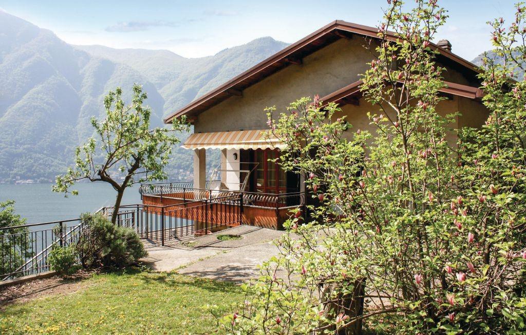 Lake Como apartments
