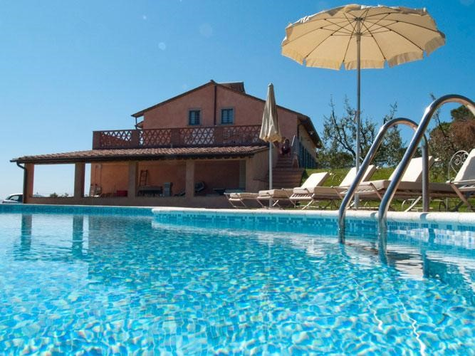 Villa in Tuscany with pool