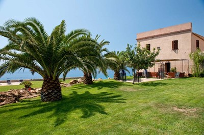 Large villa in Sicily