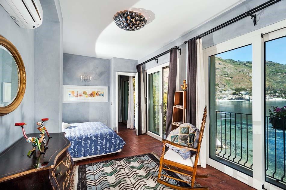 Taormina villas