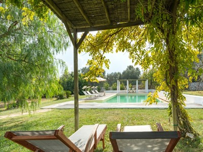 Trullo for 10 people near Ceglie Messapica in Puglia