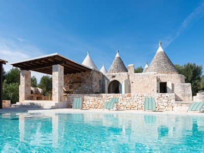Beautiful Trullo for 7 people with private swimming pool near Ostuni