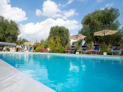 Trulli for 8 people with private pool near Ceglie Messapica