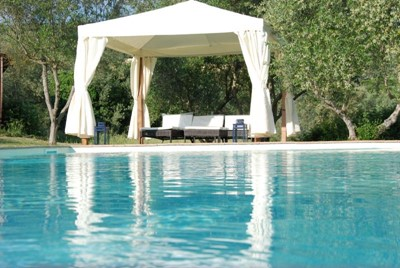 Large Umbria villa with pool