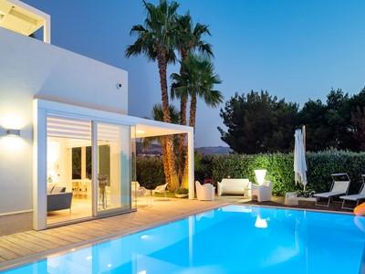Modern villa with private pool near Cornino in western Sicily