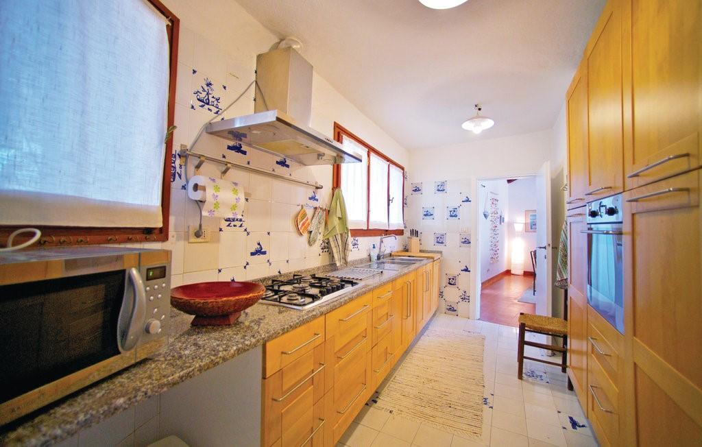 Isd424 Kitchen 01