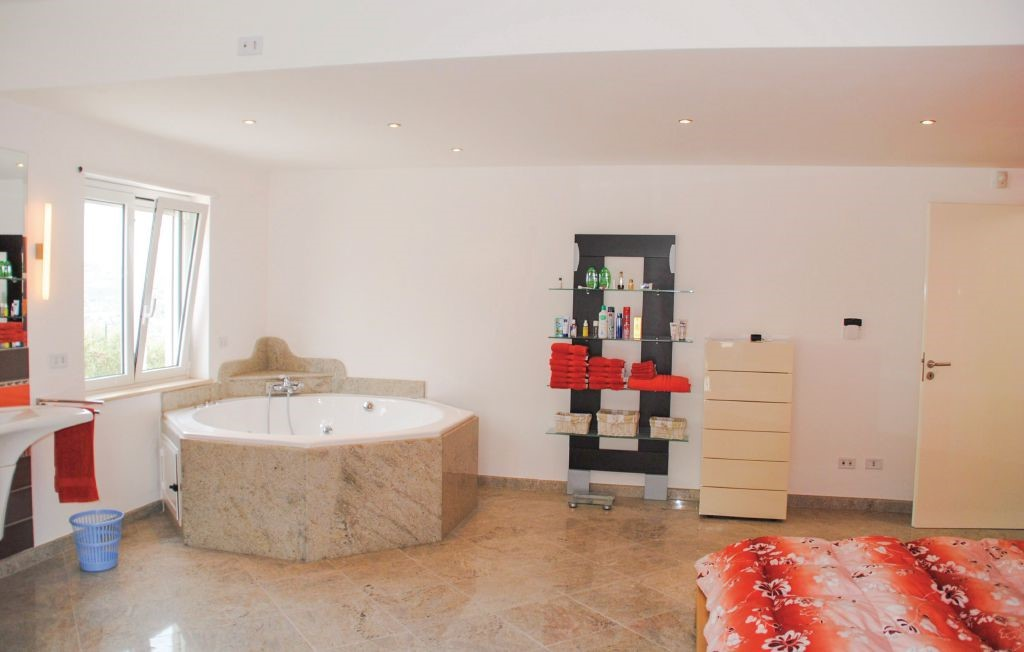 Sicily villa with private pool