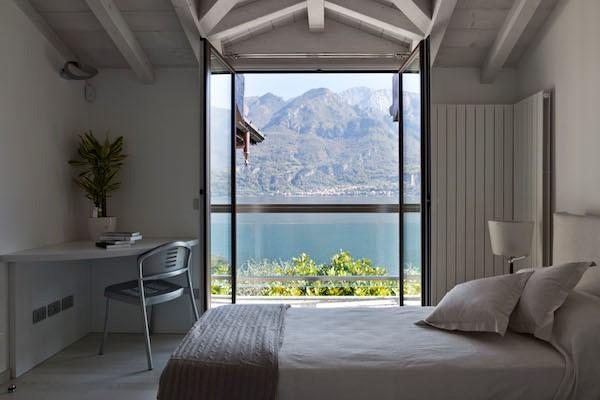 NEW Cigno Del Lago Cottage Twin Bedroom