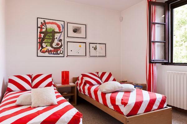 NEW Cigno Del Lago Main Villa Twin Bedroom