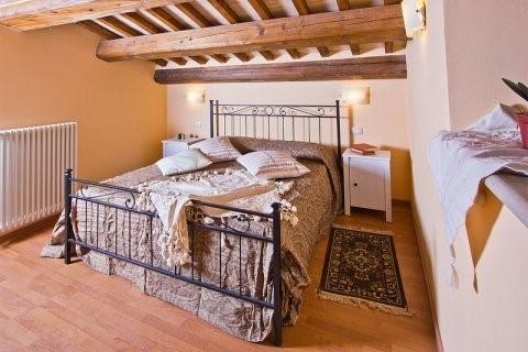 Villa in Le Marche with pool