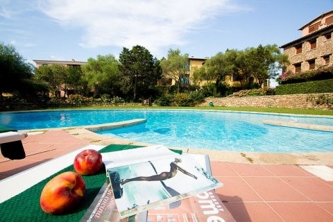 Sardinia apartment with shared pool