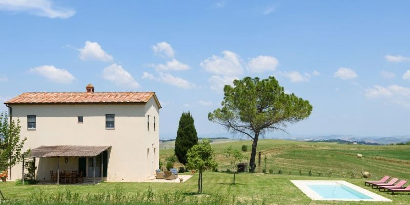 Cosy villa in Tuscany with private swimming pool for small families