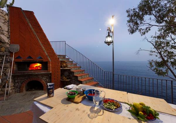 7 bedroomed luxury villa with private pool & direct sea access on the Amalfi Coast
