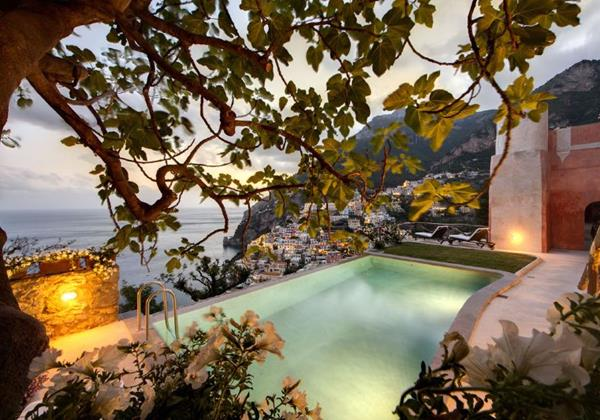 Large luxury 8 bedroomed villa people in Positano with private pool