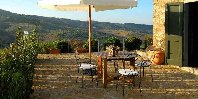 2 bedroomed villa in the Chianti region with swimming pool