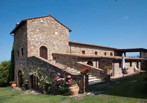 Tuscan villa near the Grosseto Mareema made up of 5 apartments