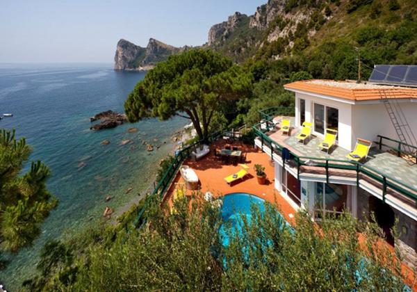 Beachfront Villas In Amalfi Coast