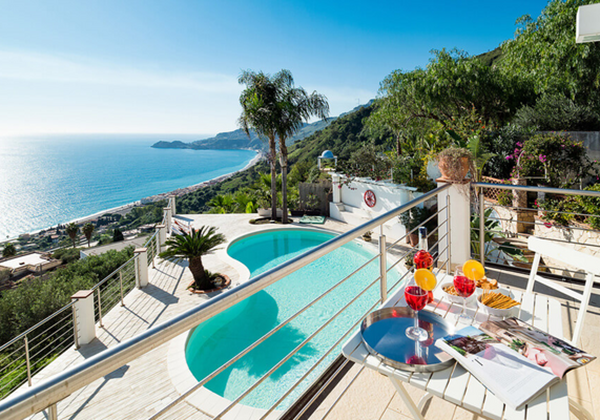 Beachfront Villas In Sicily