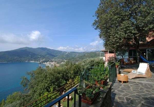 Cottages In The Italian Riviera