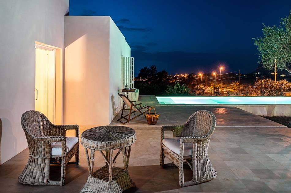 Villa with pool in Sicily