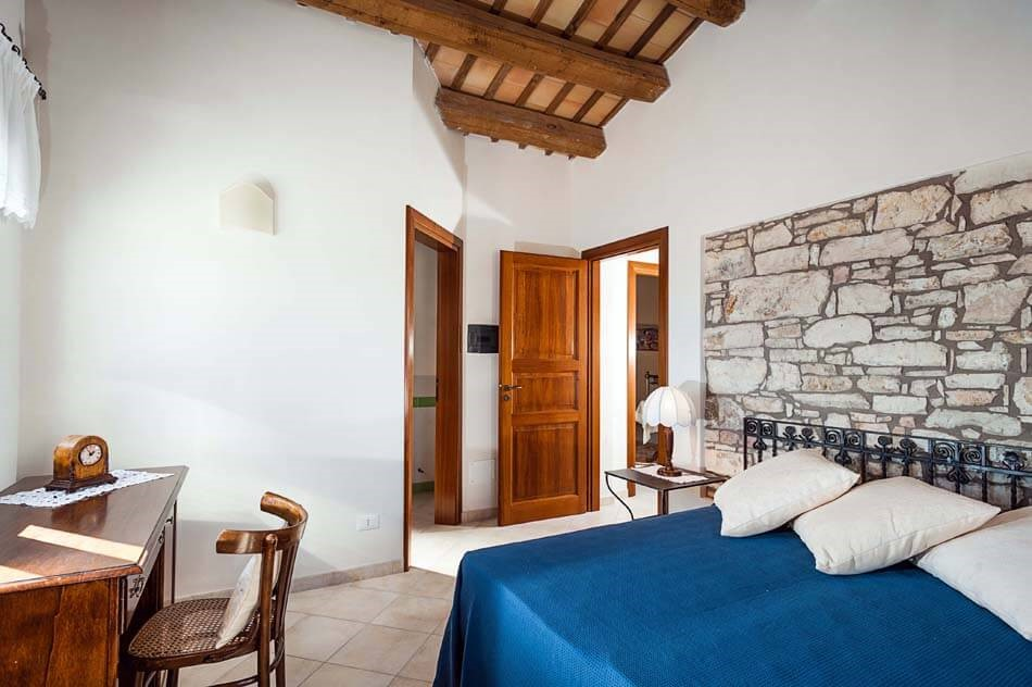 Luxury villa with pool in Sicily