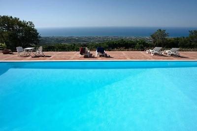 Apartment near Cefalú with shared pool