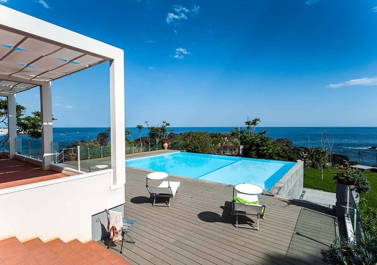 Apartments in Sicily with shared pool