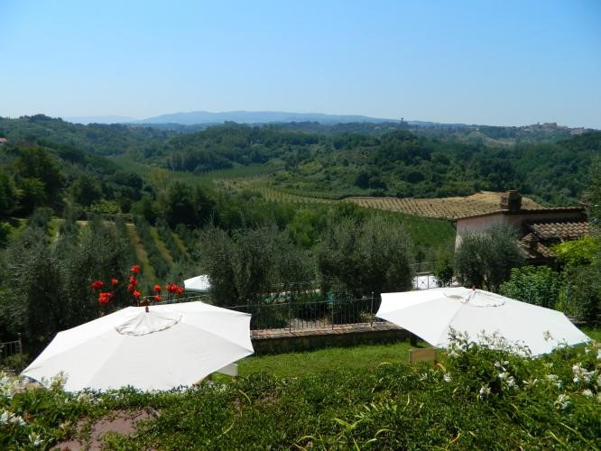 Villa with great view over the Tuscany countryside