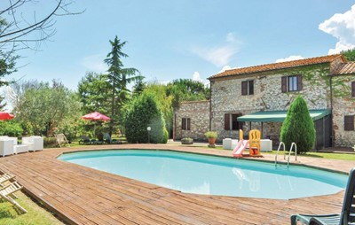 Large Umbria villa for groups