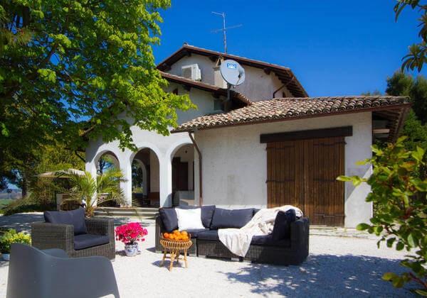 Villa in Le Marche near the sea