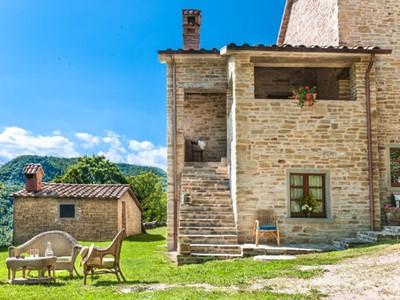 Peaceful villa in Apennine mountains