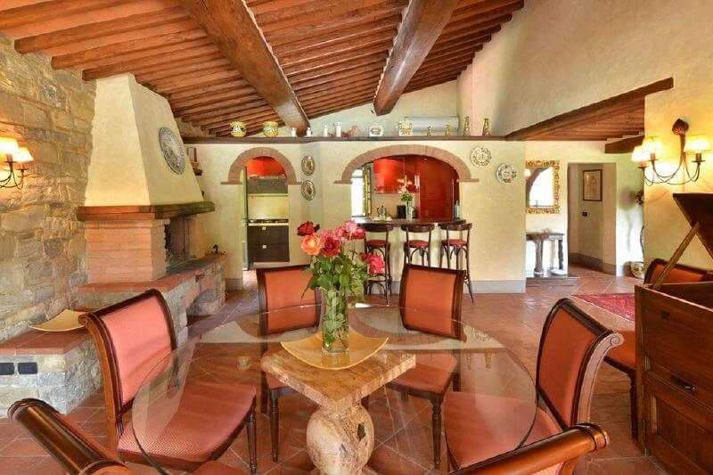 Classic villa in Tuscany Chianti region with private pool