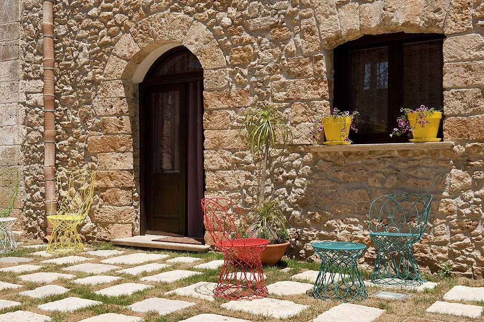 Apartment with shared pool in North Sicily