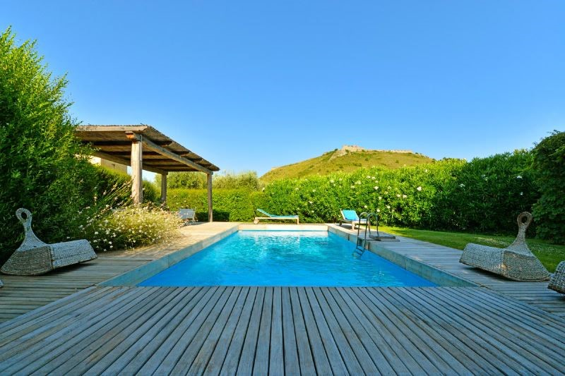 Villa with private pool on the Tuscan coast