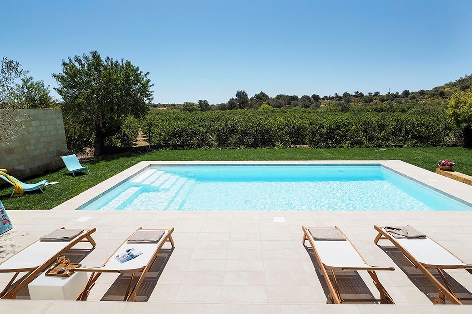 Lovely apartment with shared pool near Noto in south east Sicily