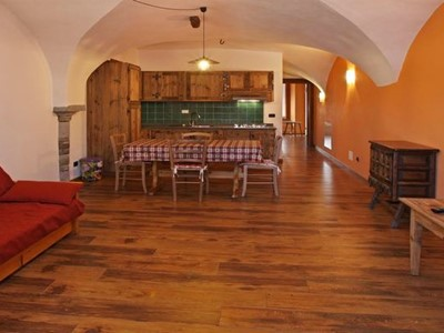 Apartment for 5 people in Sauze d'Oulx in a great location near to the main piazza